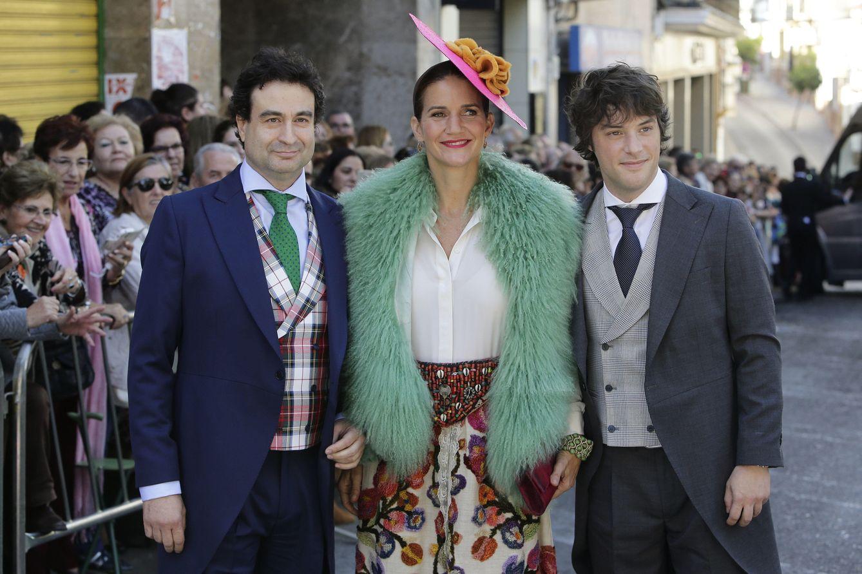 Foto: Jordi Cruz, Pepe Rodríguez con Samantha Vallejo Nágera