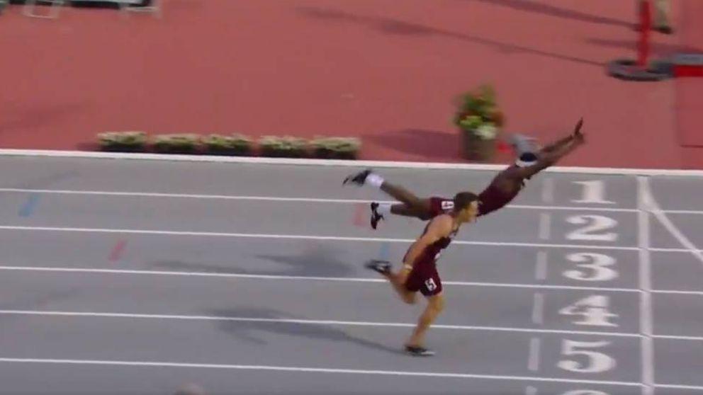 La insólita manera de este atleta para volar en la meta y ganar el oro en una carrera