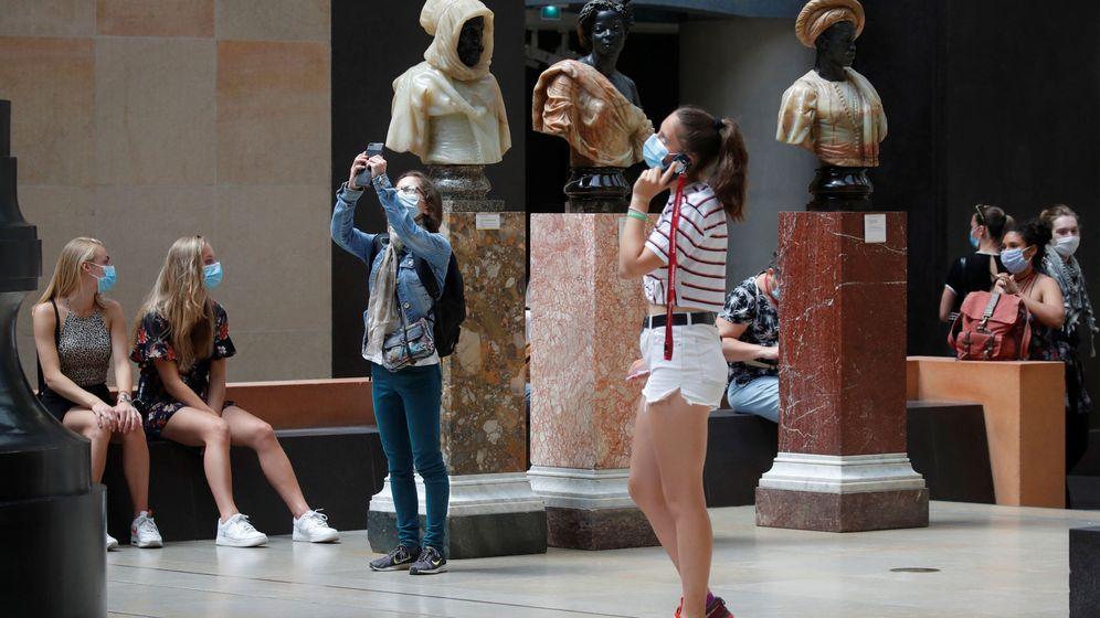 Foto: Un grupo de visitantes en el Museo de Orsay. (Reuters)