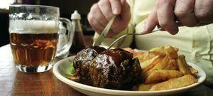 Foto: Siete alimentos (y varios hábitos) a evitar para no sufrir acidez