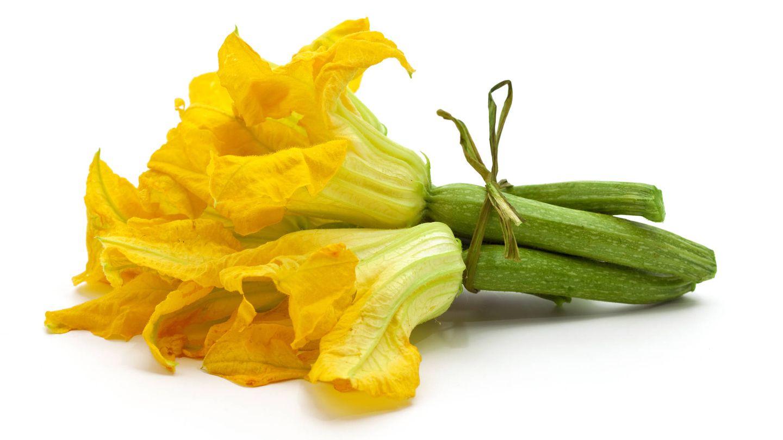 Un ramo de floridos calabacines. (iStock)