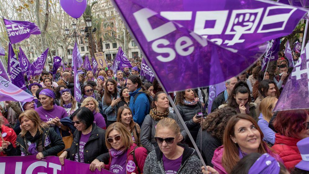 Foto: Manifestación del 8M en Sevilla (EFE)