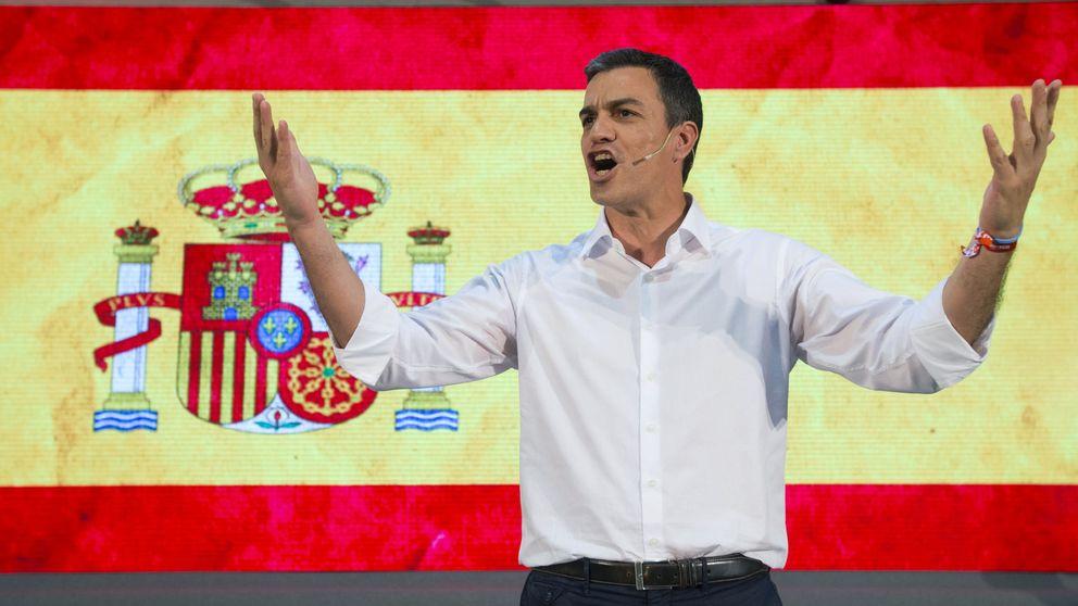 El PSOE 'compite' con Podemos en las urnas... y en el uso de la bandera