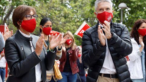 El PSOE suma a Marlaska en campaña para activar el voto contra el discurso del odio