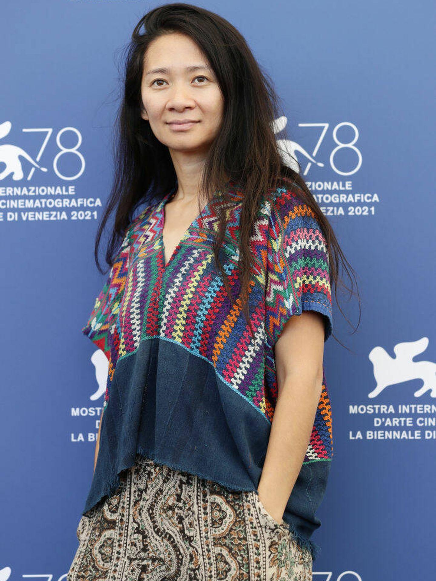 La directora de cine Chloe Zhao, en el Festival de Venecia 2021. (Getty)