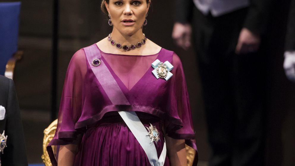 La familia real sueca se reúne para los premios Nobel