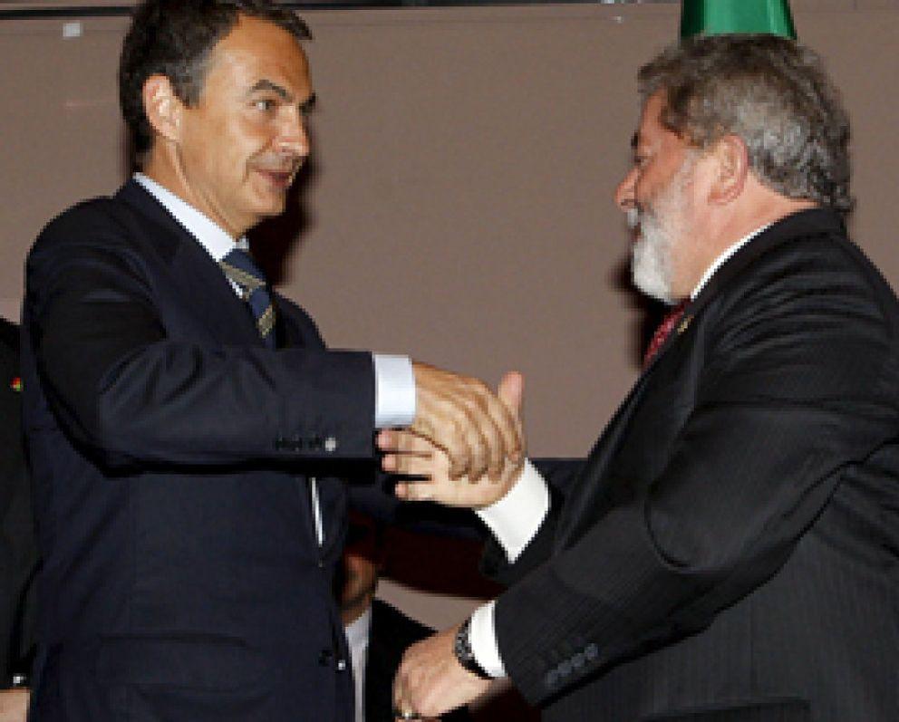 Foto: Zapatero, Brown y 'Lula' proponen crear un organismo internacional que supervise los mercados financieros