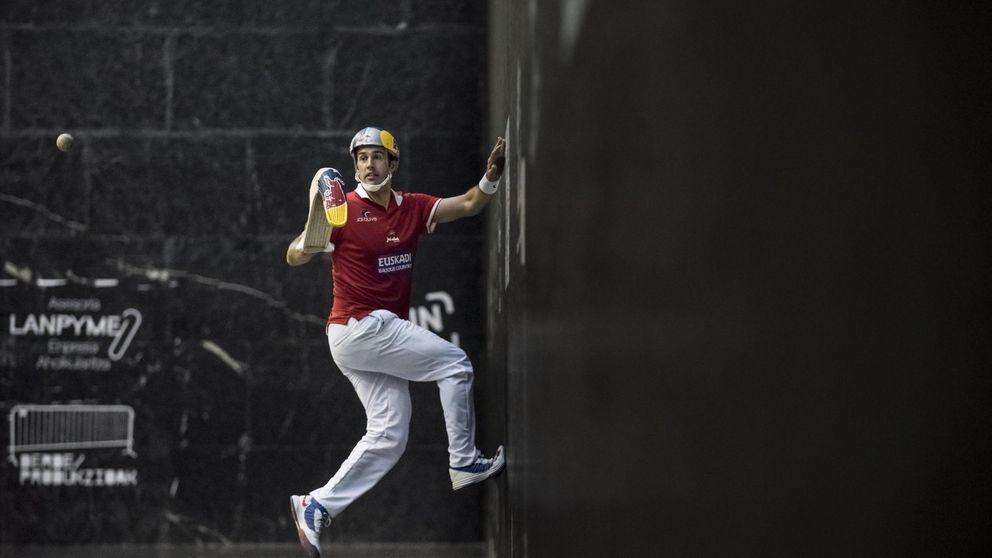 Un pelotari modelo de Loewe y apuesta de Red Bull para relanzar el Jai Alai