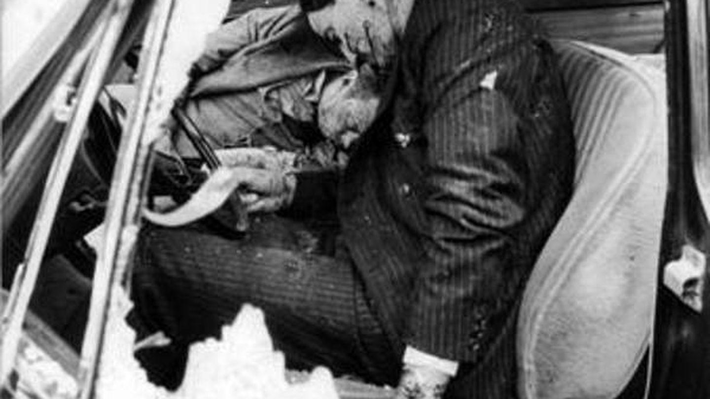 El guardaespaldas de Moro fue acribillado a tiros.