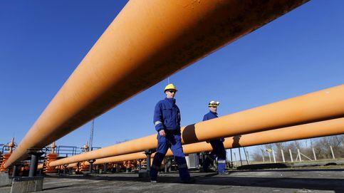 Redexis sale viva del golpe de la CNMC al gas: BBVA mejora la recomendación a sus bonos