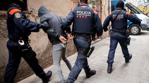 Cuatro detenidos en Cataluña por hacerse pasar por policías para robar