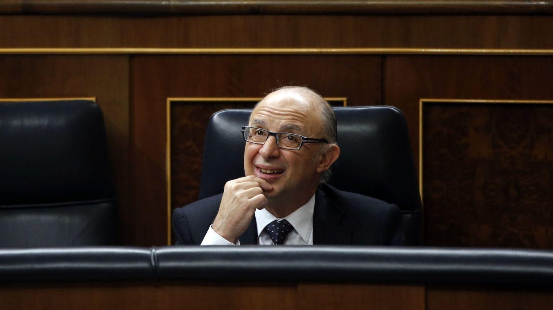 El ministro de Hacienda Cristóbal Montoro. (EFE)