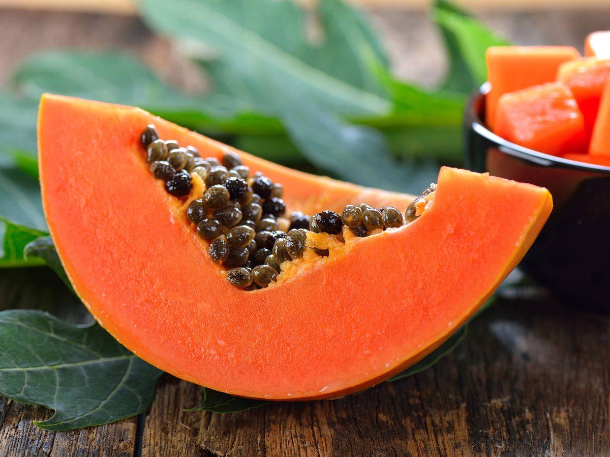Foto: Dieta de la papaya para conseguir un vientre plano. (iStock)