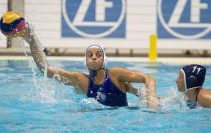 El mejor waterpolo femenino se juega en una piscina de Sabadell