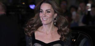 Post de Kate Middleton brilla con encajes en la Royal Variety ajena a los escándalos de la Corona
