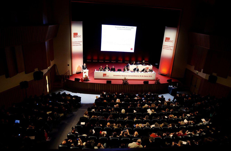 Imagen de la Asamblea General que rechazó las cuentas de 2013 (Efe)