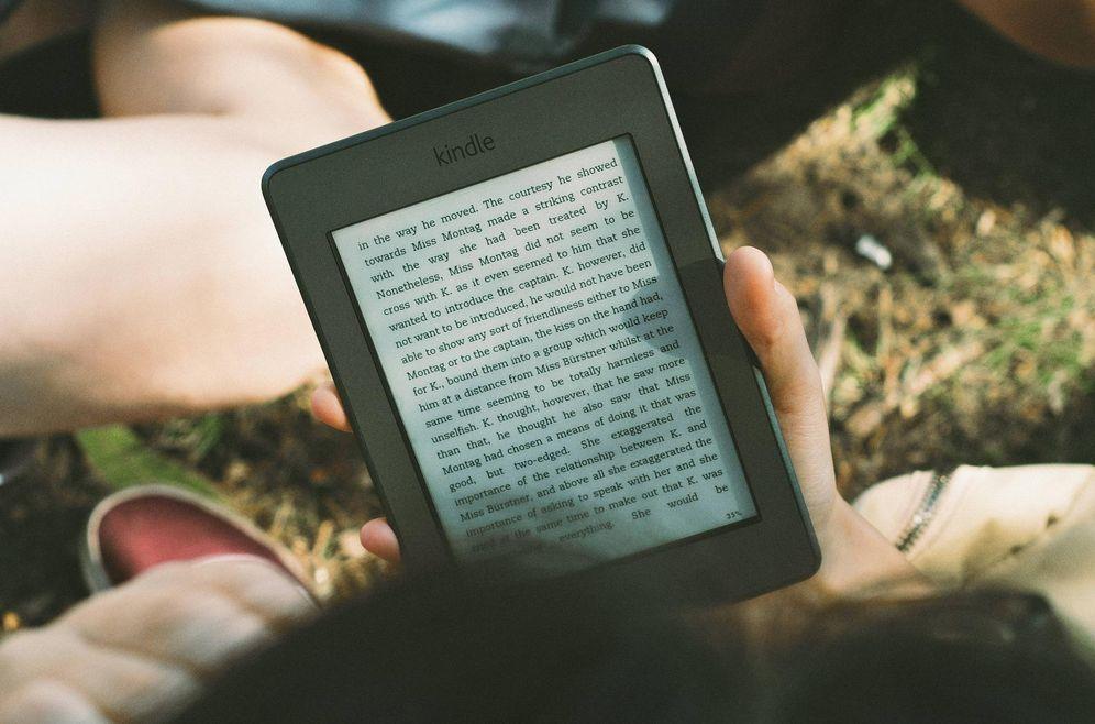 Foto: 'Trucar' las páginas leídas en un Kindle parece fácil. (Pixabay)