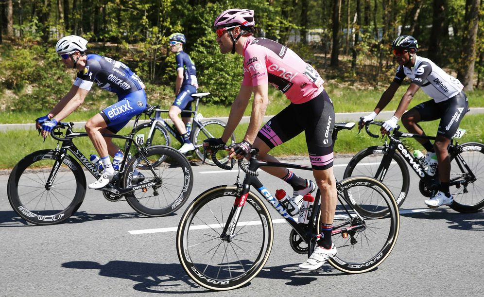 Foto: Dumoulin, de rosa en el último Giro de Italia. (EFE)