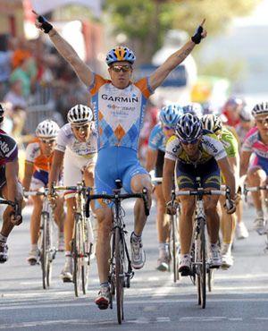 Etapa para Farrar y Valverde sigue líder