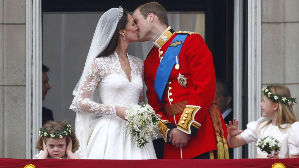 Foto: Los duques de Cambridge, el día de su boda. (EFE)