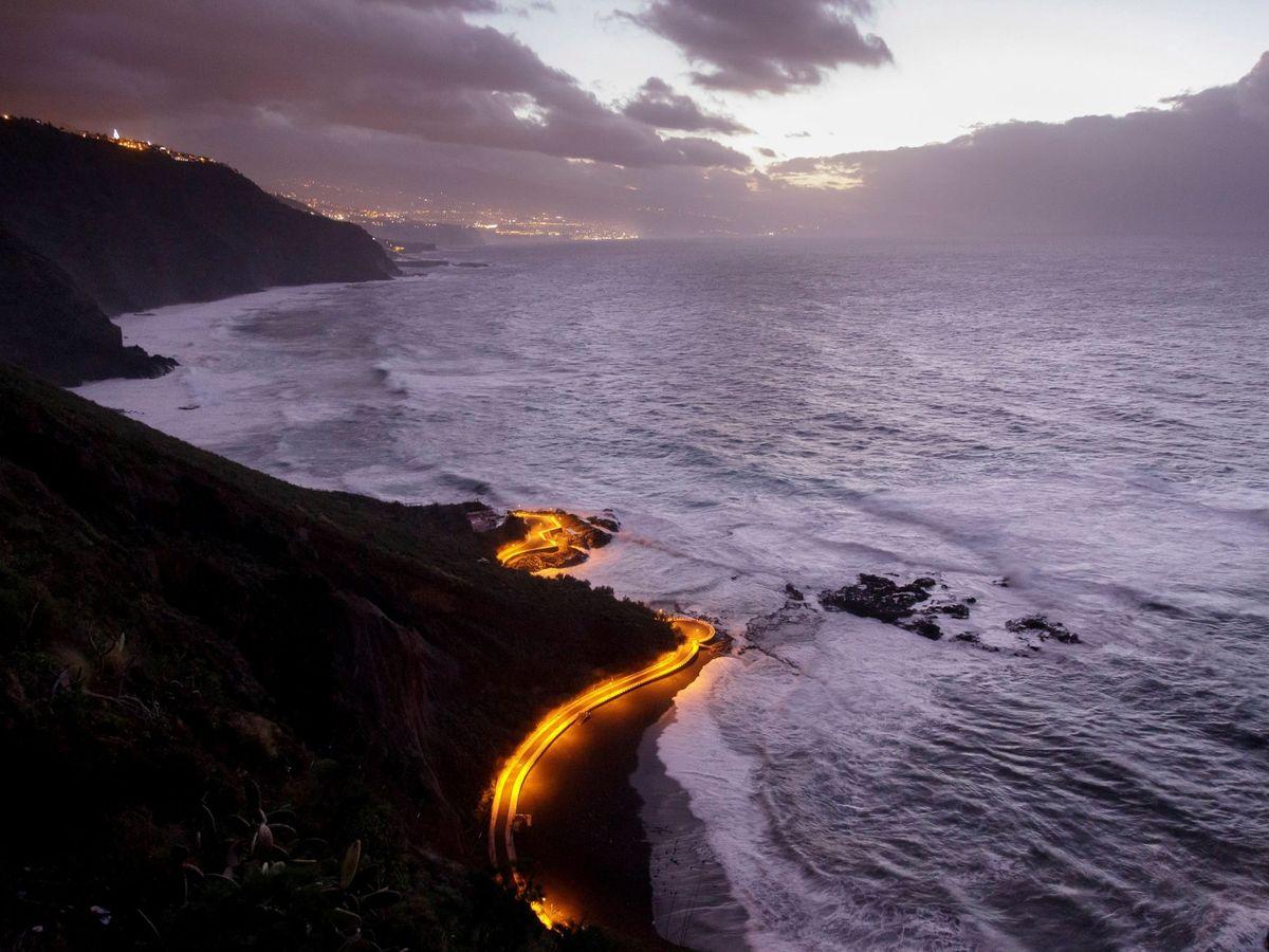 Foto: Vista de la costa canaria. (EFE)