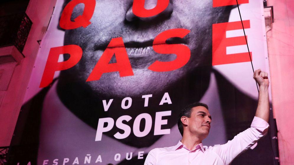 Foto: Sánchez celebra el triunfo. (Reuters)