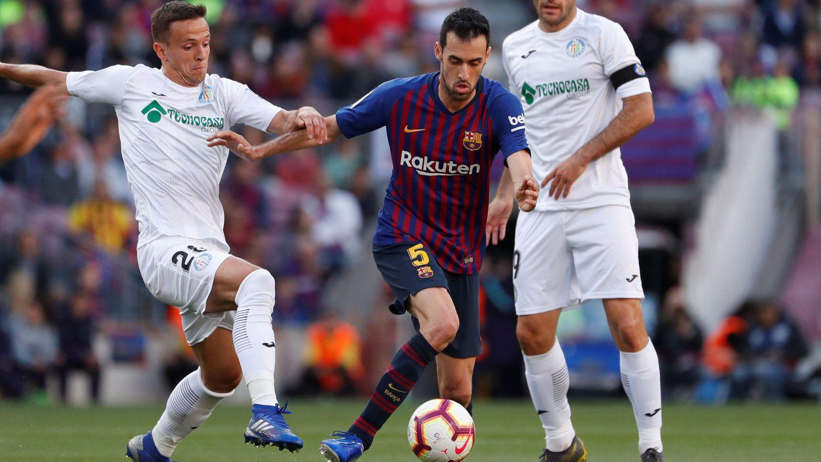 Foto: La liga santander - fc barcelona v getafe