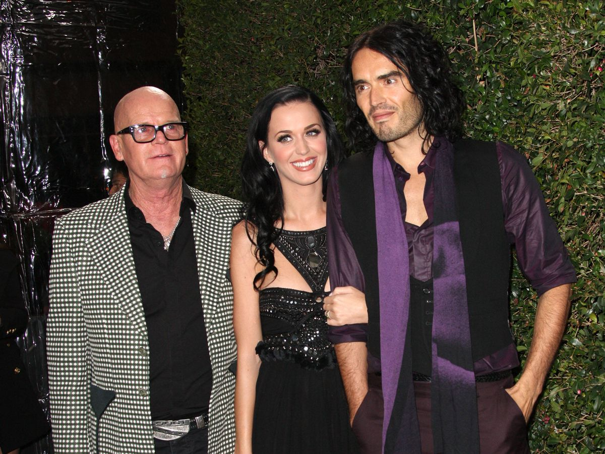 Foto:  Katy Perry junto a su padre y su ex Russel Brand. (Getty)
