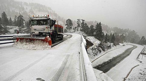 La gran nevada ya está aquí: estas son las vías cortadas o que necesitan cadenas