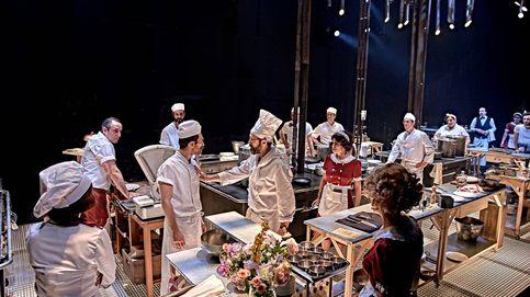 El mundo es una cocina: la obra más descomunal del año ocupa a 26 actores