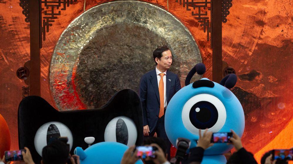 Foto: Director ejecutivo de Alibaba, Daniel Zhang, en la OPV en Hong Kong