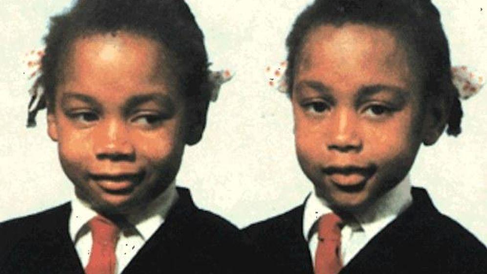 Foto: Jennifer y June Gibbons, en una de las pocas fotos que se conservan de ellas.