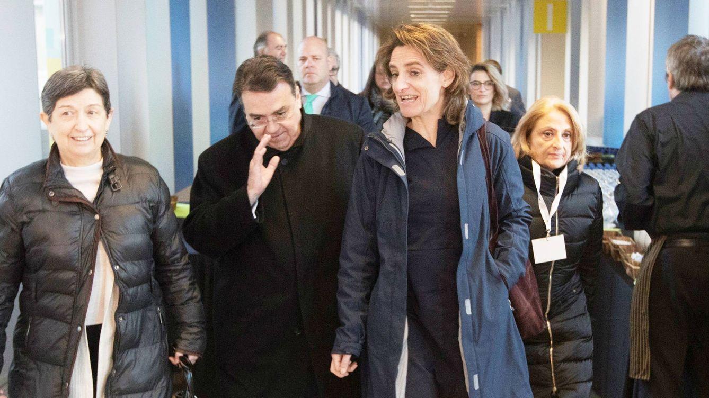 Enagás ficha a los exministros socialistas Montilla y Blanco y a un experto de Podemos
