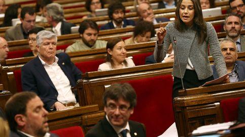 Arrimadas ve una vergüenza destinar dinero de los catalanes al referéndum