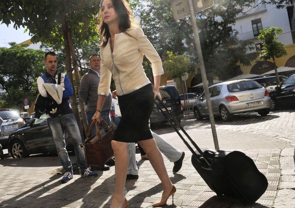 Foto: Mercedes Alaya, a su llegada ayer a los Juzgados de Sevilla. (EFE)