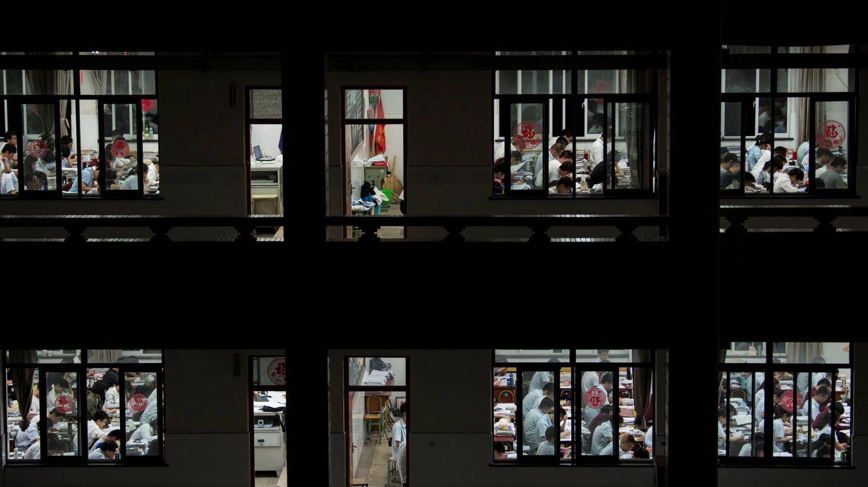 El lado oscuro del examen más difícil del mundo, que se hace en China