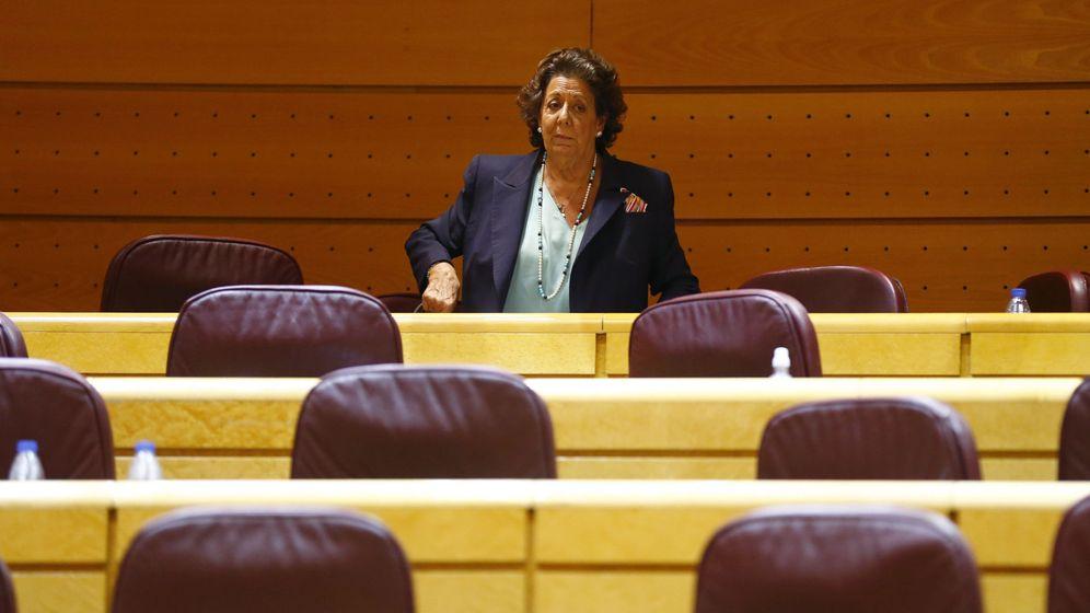 Foto: Rita Barberá en el primer pleno del Senado. (Efe)