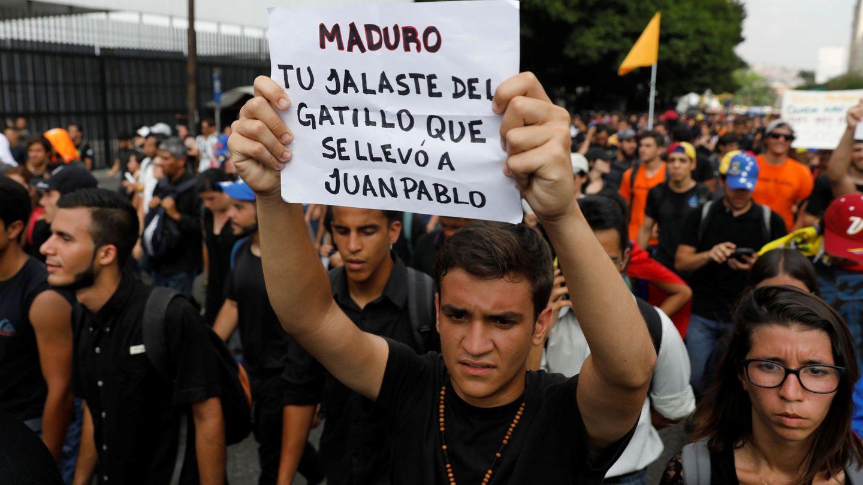 Protesta por la muerte de Juan Pablo Pernalete (REUTERS)
