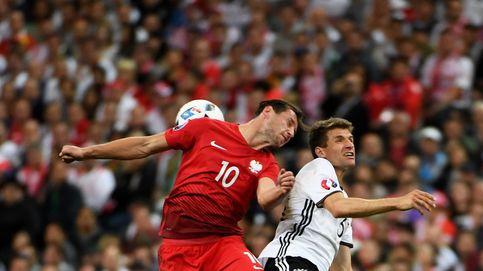 El campeón del mundo se estrella ante una  Polonia que tardó en creérselo