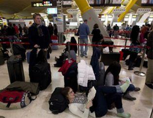 Foto: Un total de 2.000 afectados por el caos aéreo se unen para interponer una demanda civil
