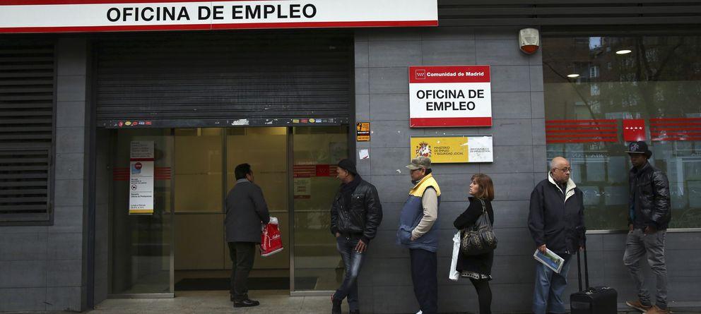 Paro el paro baja en personas en marzo y la for Oficinas de la seguridad social en valencia
