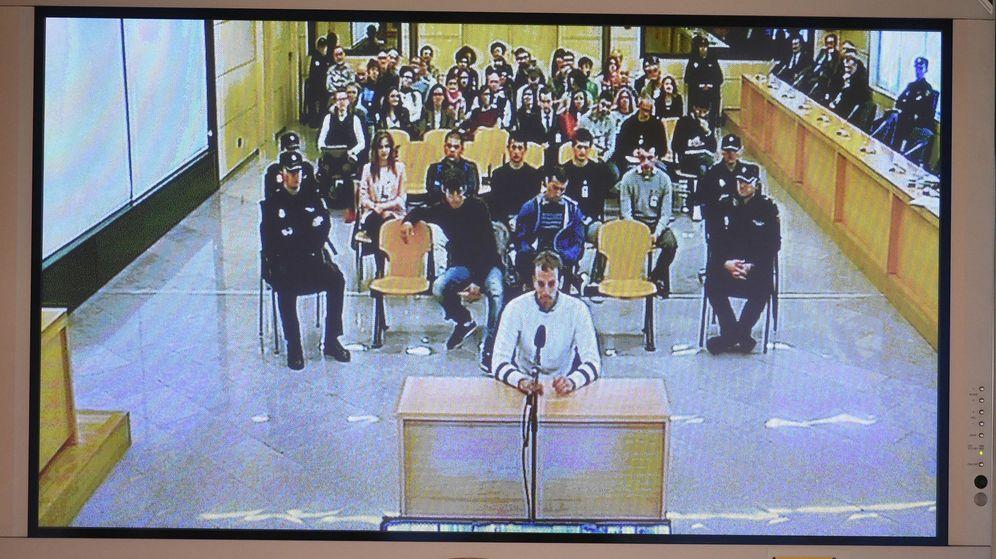Foto: Juicio por agresión a dos guardias civiles y sus parejas en Alsasua en 2016. (EFE)