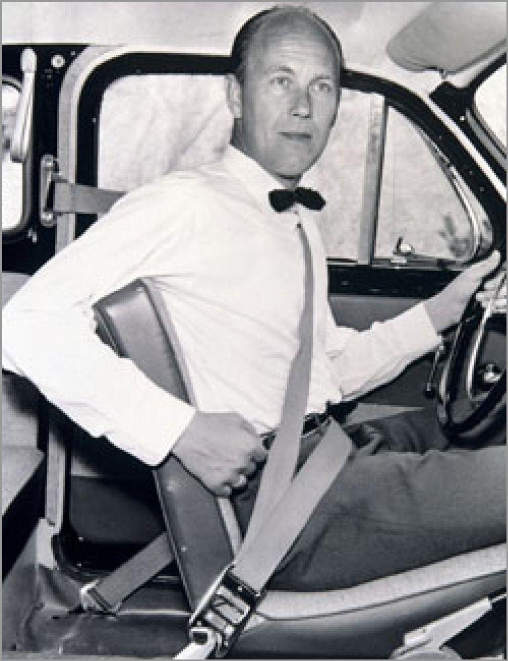 Foto: Usar el cinturón de seguridad en plazas traseras, asignatura pendiente en su 50 aniversario