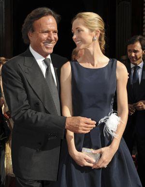 Julio Iglesias aporta detalles sobre su boda