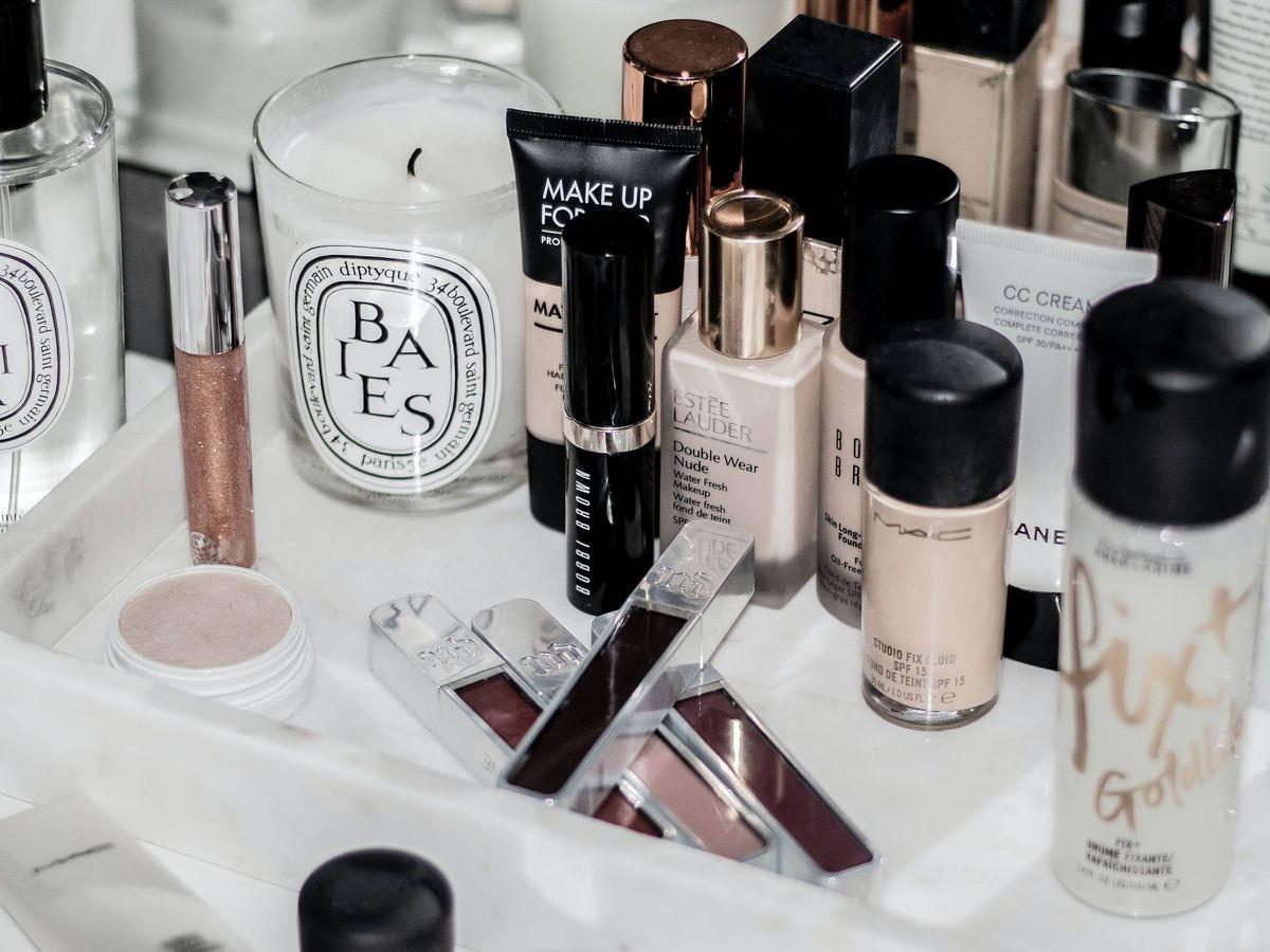 Foto: El packaging o la textura pueden ayudar a diferenciar entre un cosmético original o una copia. (Unsplash)