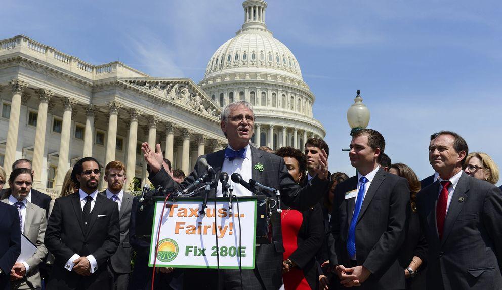 Rueda de prensa sobre la regulación de impuestos y la legalización de la marihuana en el Capitolio (Reuters)
