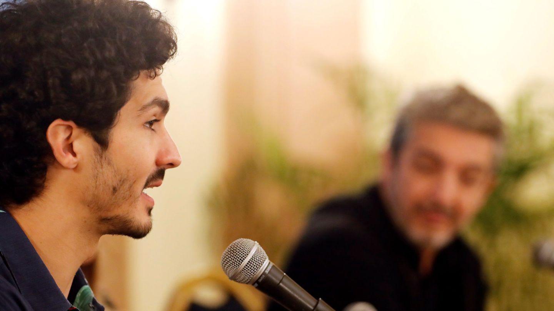 Chino y Ricardo Darín, en una de las presentaciones de 'La odisea de los giles'. (EFE)
