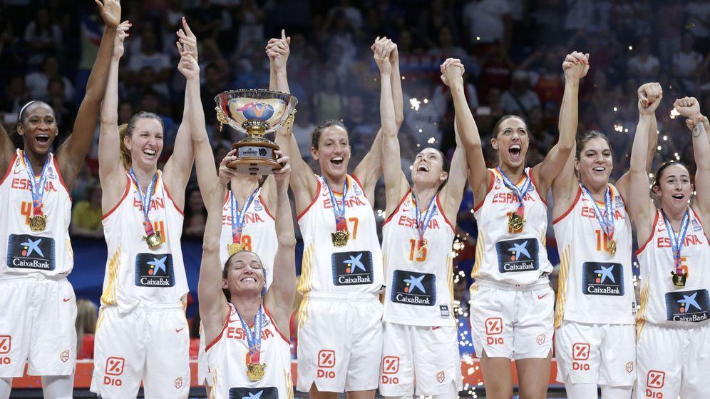 Foto: La Selección española celebrando el oro. (EFE)