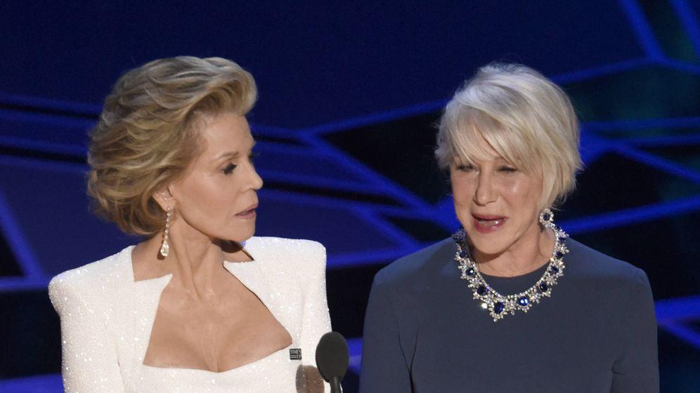 Foto: Jane Fonda y Helen Mirren en una imagen de los Premios Oscar 2018. (Gtres)