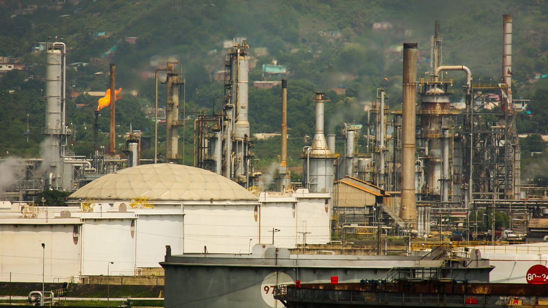 Las rentas de petróleo venezolano de Podemos